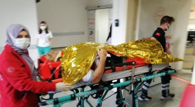 Otomobil şarampole takla attı: 1 ölü, 2 yaralı