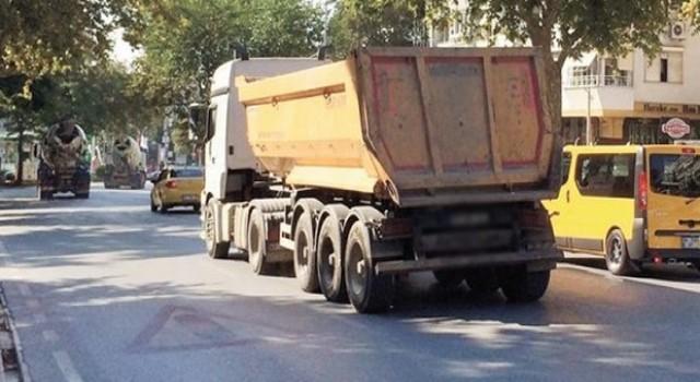 Sağlam Olan Yolları da Bu Araçlar Perişan Ediyor