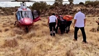 Aksaray'da Yamaç Paraşütü Türkiye Şampiyonası'nda Paraşütçü Düştü