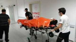 Otomobil İle Duvara Çarpan Alkollü Sürücü Yaralandı