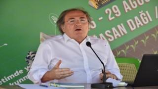 """Prof. Dr. Saraçoğlu: """"Geçmişi Geleceğe Taşıyacak Nesil Yetiştirmek Zorundayız"""""""